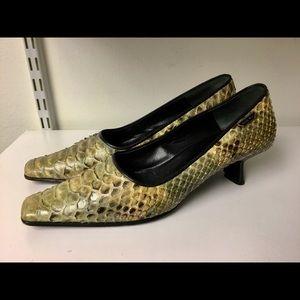 Nando Muzi snake skin kitten heel pumps size 37/7